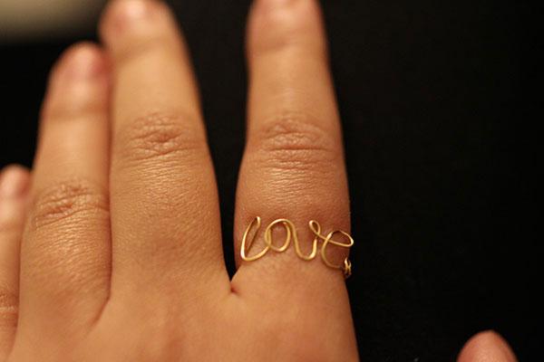 wire-love-ring-handmade-gold
